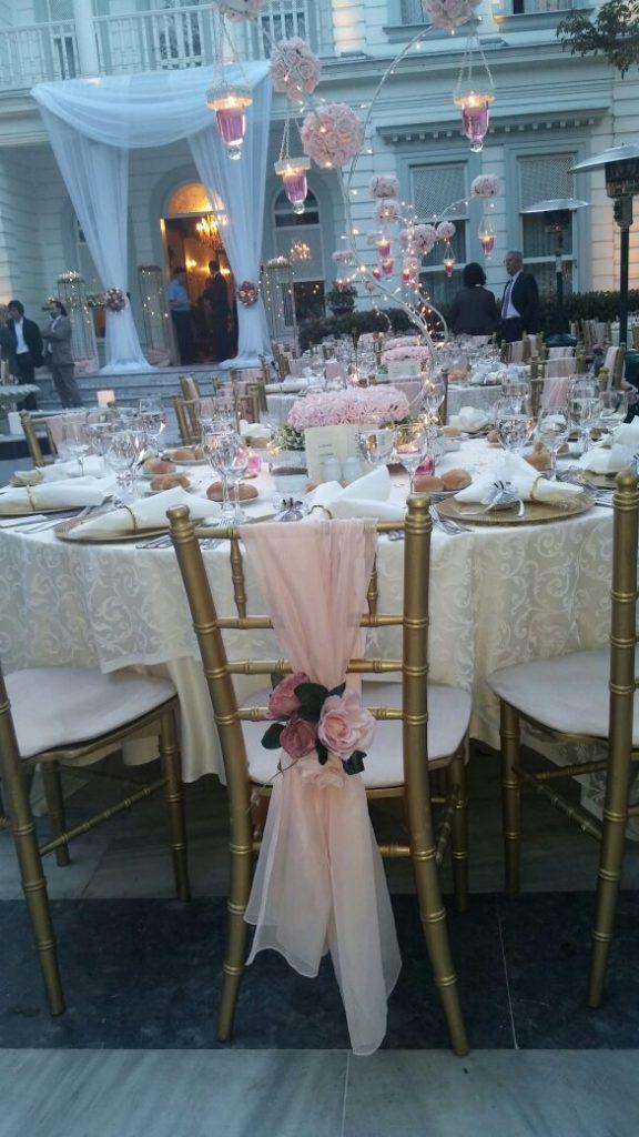 Sandalye Çiçek Süsleme